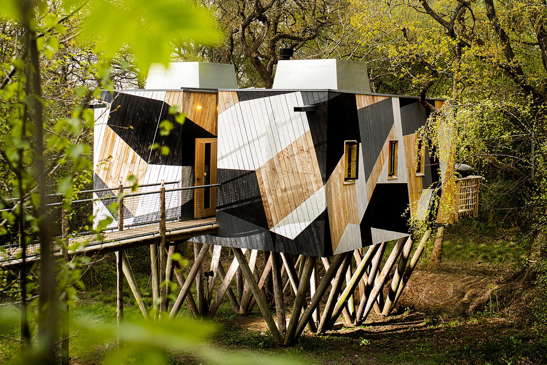 Dazzle Treehouse